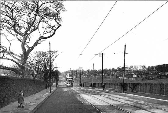 Benwell Lane looking west in 1929