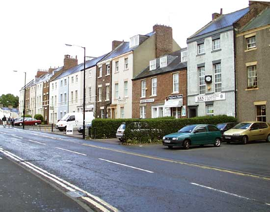 Leazes Park Road, housing
